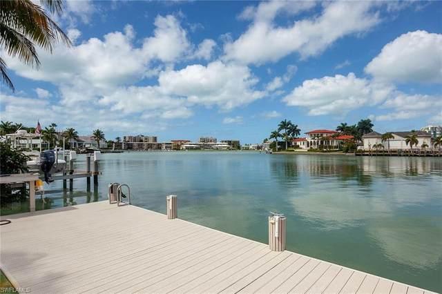3139 Leeward Ln, Naples, FL 34103 (#221008266) :: Vincent Napoleon Luxury Real Estate