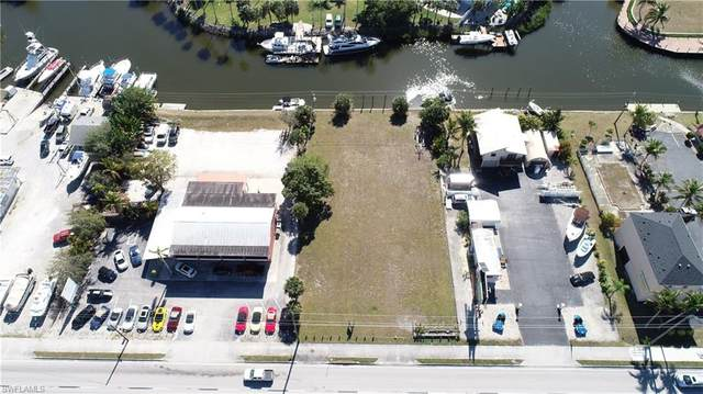 17721 San Carlos Blvd, Fort Myers Beach, FL 33931 (#221009943) :: The Michelle Thomas Team