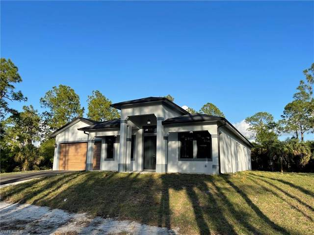292 12th St NE, Naples, FL 34120 (#221010555) :: We Talk SWFL
