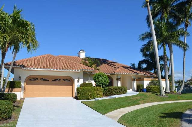 658 Bamboo Ct, Marco Island, FL 34145 (#221010642) :: Vincent Napoleon Luxury Real Estate