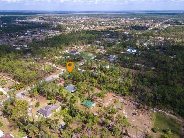 2390 27th Ave NE, Naples, FL 34120 (MLS #221010831) :: Domain Realty
