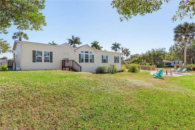 45 Henderson Dr, Naples, FL 34114 (MLS #221011312) :: Realty Group Of Southwest Florida