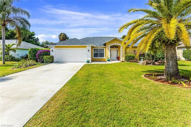 505 Raven Way, Naples, FL 34110 (MLS #221012063) :: BonitaFLProperties