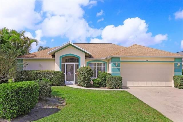 511 Ibis Way, Naples, FL 34110 (MLS #221012472) :: Dalton Wade Real Estate Group