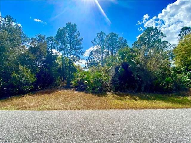1022 Barcelona St E, Lehigh Acres, FL 33974 (#221012701) :: Southwest Florida R.E. Group Inc