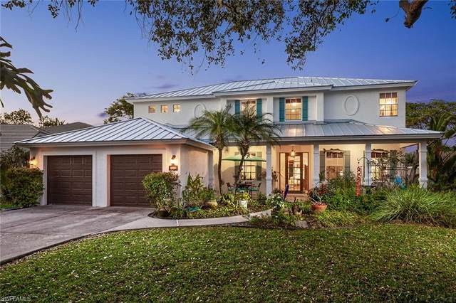 8056 Vera Cruz Way, Naples, FL 34109 (MLS #221012783) :: The Naples Beach And Homes Team/MVP Realty