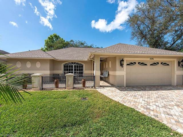 2595 Royal Palm Ct, Naples, FL 34103 (#221014221) :: Southwest Florida R.E. Group Inc