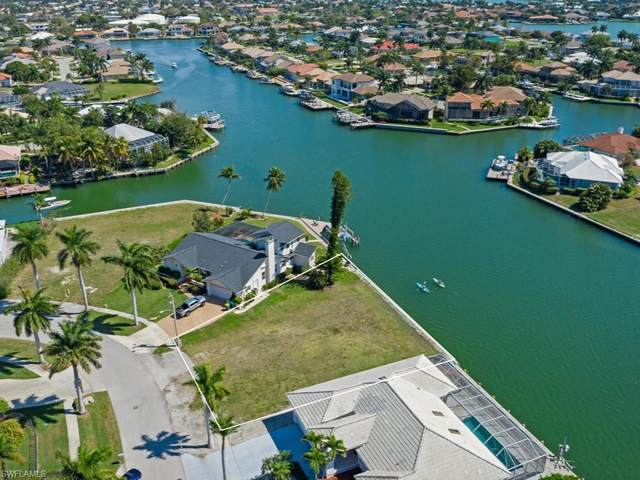 481 Adirondack Ct, Marco Island, FL 34145 (MLS #221014462) :: Kris Asquith's Diamond Coastal Group