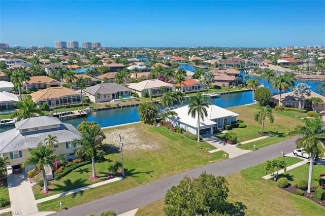 130 S Seas Ct, Marco Island, FL 34145 (#221015106) :: Vincent Napoleon Luxury Real Estate