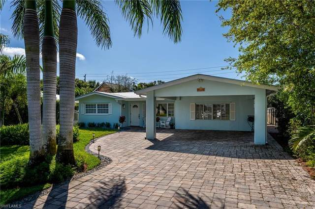 1300 Hilltop Dr, Naples, FL 34103 (MLS #221015319) :: Florida Homestar Team