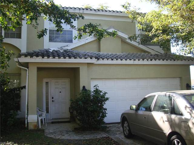 13626 Cherry Tree Ct, Fort Myers, FL 33912 (#221015865) :: The Dellatorè Real Estate Group
