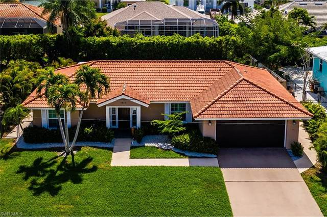 1541 Honeysuckle Ave, Marco Island, FL 34145 (MLS #221016003) :: Realty Group Of Southwest Florida