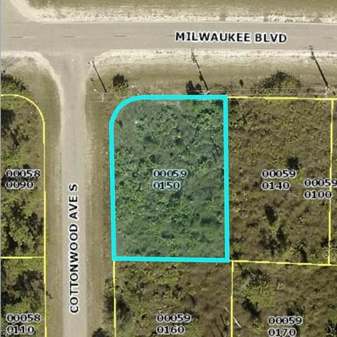922 Milwaukee Blvd, Lehigh Acres, FL 33974 (MLS #221016378) :: Domain Realty