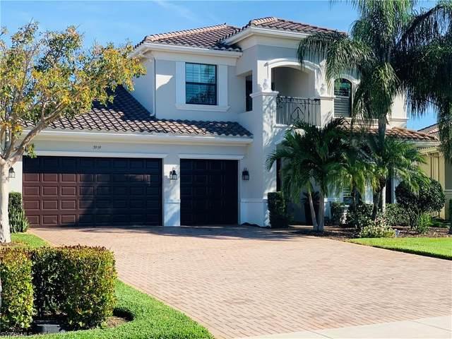 3959 Bering Ct, Naples, FL 34119 (#221017271) :: Vincent Napoleon Luxury Real Estate