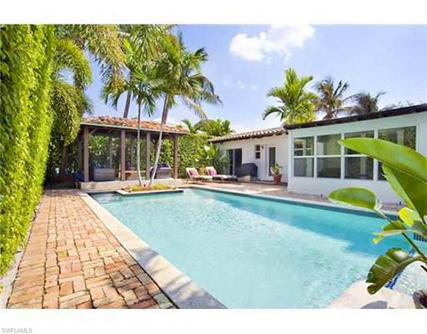 4450 Nautilus Dr, MIAMI BEACH, FL 33140 (#221017288) :: Caine Luxury Team