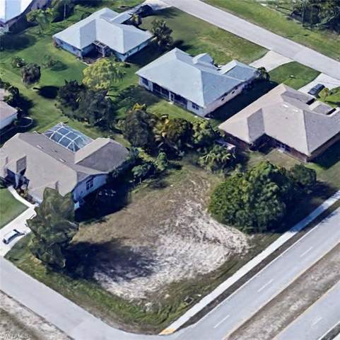 3704 SW 19th Ave, Cape Coral, FL 33914 (MLS #221017387) :: Clausen Properties, Inc.