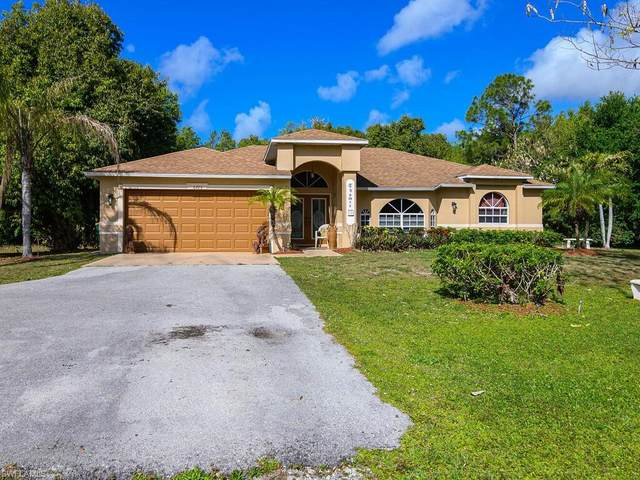 6725 Yarberry Ln, Naples, FL 34109 (MLS #221021798) :: Realty World J. Pavich Real Estate