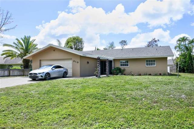 210 Madison Dr, Naples, FL 34110 (MLS #221022426) :: Tom Sells More SWFL | MVP Realty