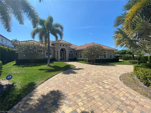 690 Regatta Ct, Naples, FL 34103 (#221023791) :: The Michelle Thomas Team