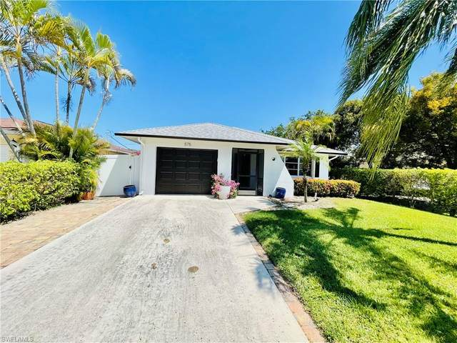 575 97th Ave N, Naples, FL 34108 (MLS #221024006) :: RE/MAX Realty Group