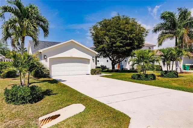 519 103rd Ave N, Naples, FL 34108 (MLS #221024519) :: NextHome Advisors