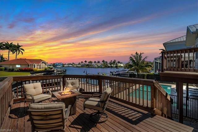 1672 Villa Ct, Marco Island, FL 34145 (MLS #221025483) :: Coastal Luxe Group Brokered by EXP
