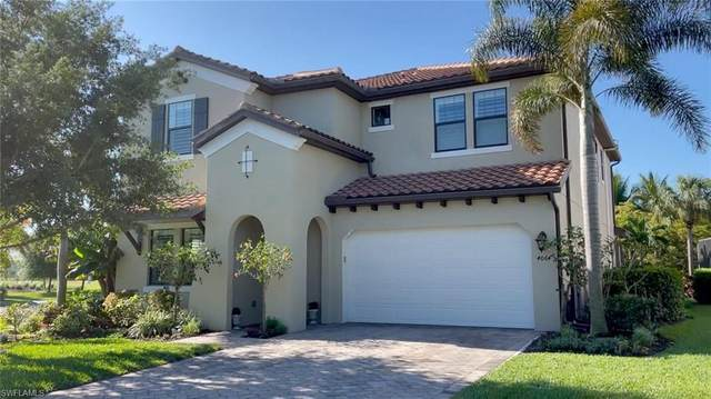 4064 Raffia Dr, Naples, FL 34119 (MLS #221025513) :: Realty Group Of Southwest Florida