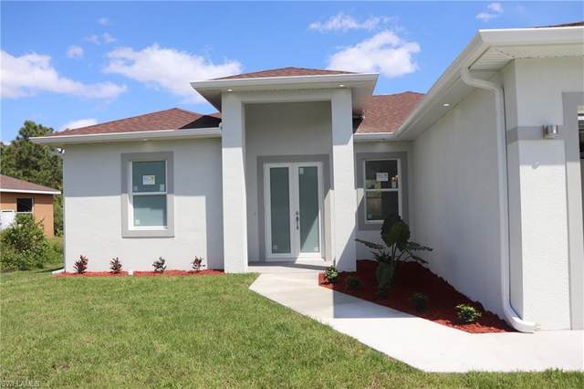 827 Sunrise Blvd, Lehigh Acres, FL 33974 (MLS #221026531) :: Premiere Plus Realty Co.