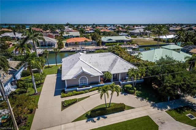 343 N Barfield Dr, Marco Island, FL 34145 (MLS #221027161) :: Dalton Wade Real Estate Group