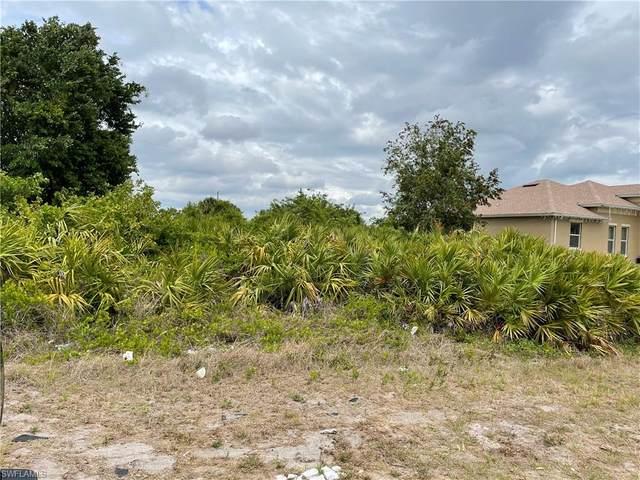 3214 7th St SW, Lehigh Acres, FL 33976 (MLS #221027221) :: Premier Home Experts