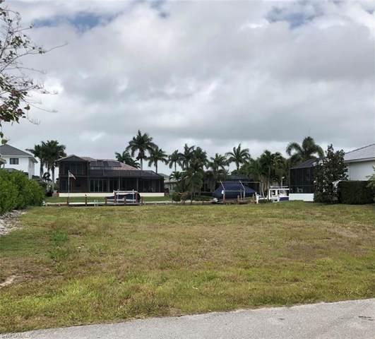 1630 Galleon Ct, Marco Island, FL 34145 (MLS #221027380) :: #1 Real Estate Services