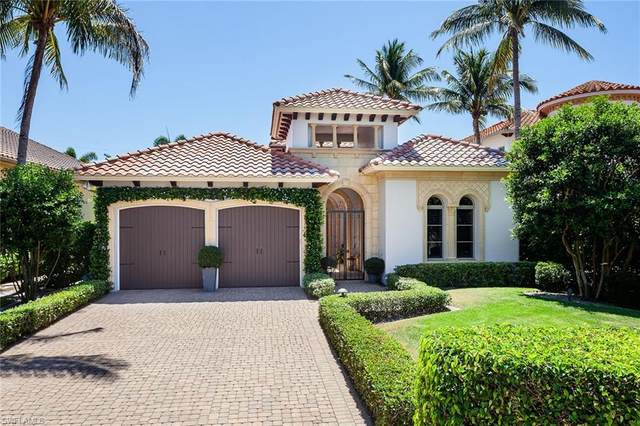660 Fairway Ter, Naples, FL 34103 (#221027417) :: The Michelle Thomas Team