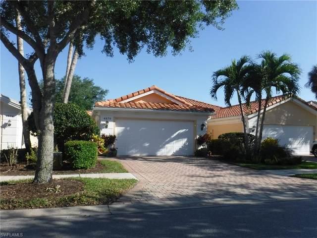 4970 Kingston Way, Naples, FL 34119 (MLS #221027853) :: NextHome Advisors
