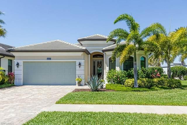 10137 Florence Cir, Naples, FL 34119 (MLS #221028007) :: Clausen Properties, Inc.