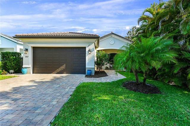 867 104th Ave N, Naples, FL 34108 (MLS #221028307) :: RE/MAX Realty Group