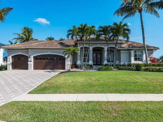 987 Hunt Ct, Marco Island, FL 34145 (#221028392) :: The Michelle Thomas Team