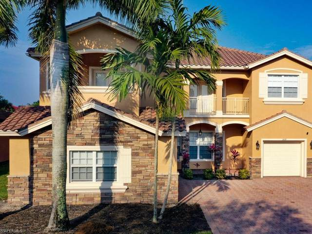 2135 Par Dr, Naples, FL 34120 (MLS #221028803) :: Domain Realty