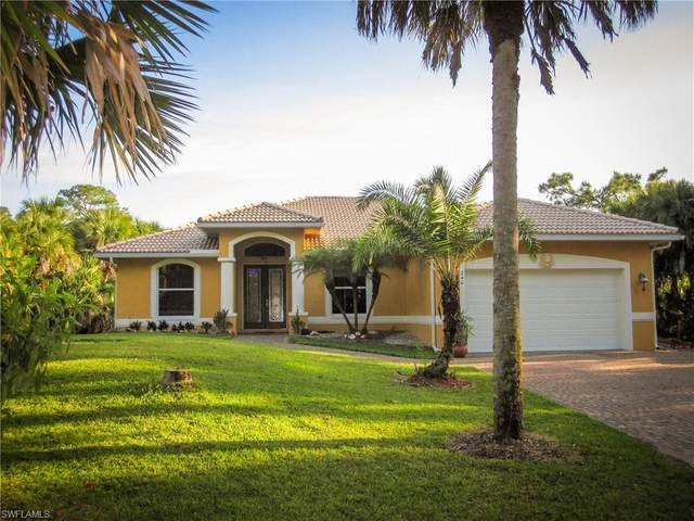 240 12th Ave NW, Naples, FL 34120 (#221028989) :: Caine Luxury Team