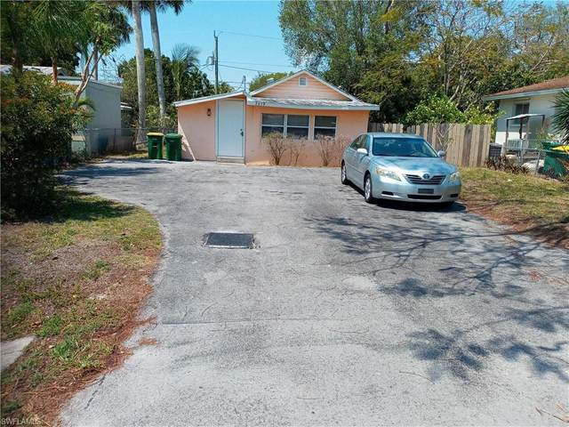 2619 Storter Ave, Naples, FL 34112 (MLS #221029032) :: Waterfront Realty Group, INC.