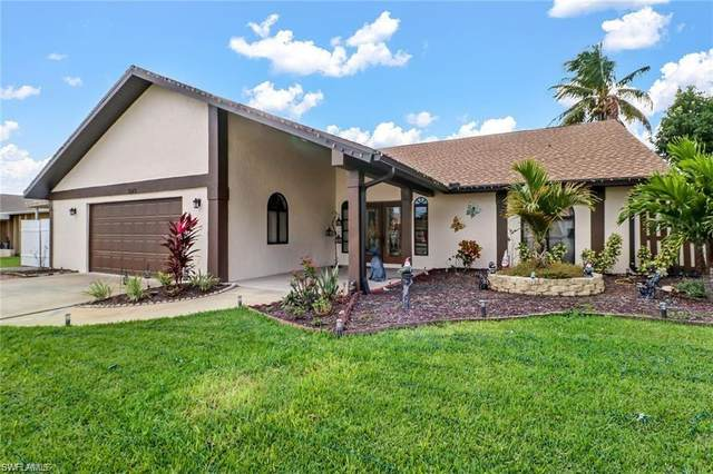 3049 50th St SW, Naples, FL 34116 (MLS #221029188) :: Realty World J. Pavich Real Estate