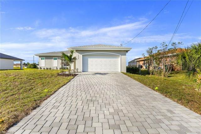1826 NW 24th Ave, Cape Coral, FL 33993 (MLS #221029366) :: Team Swanbeck