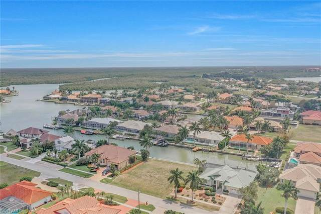 131 Channel Ct, Marco Island, FL 34145 (MLS #221029744) :: Tom Sells More SWFL | MVP Realty