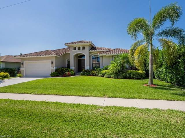 1435 Honeysuckle Ave, Marco Island, FL 34145 (MLS #221030781) :: Coastal Luxe Group Brokered by EXP