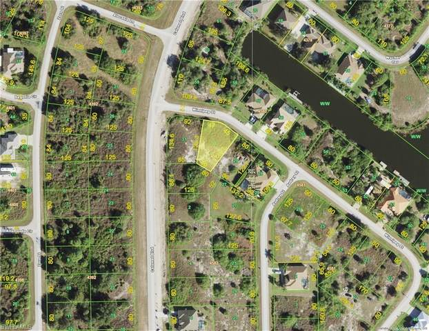 9865 Winnipeg St, Port Charlotte, FL 33981 (MLS #221032107) :: Waterfront Realty Group, INC.