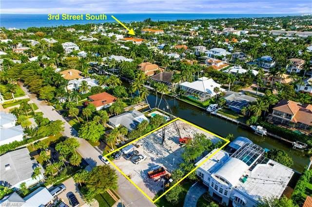 525 16th Ave S, Naples, FL 34102 (MLS #221032237) :: Domain Realty
