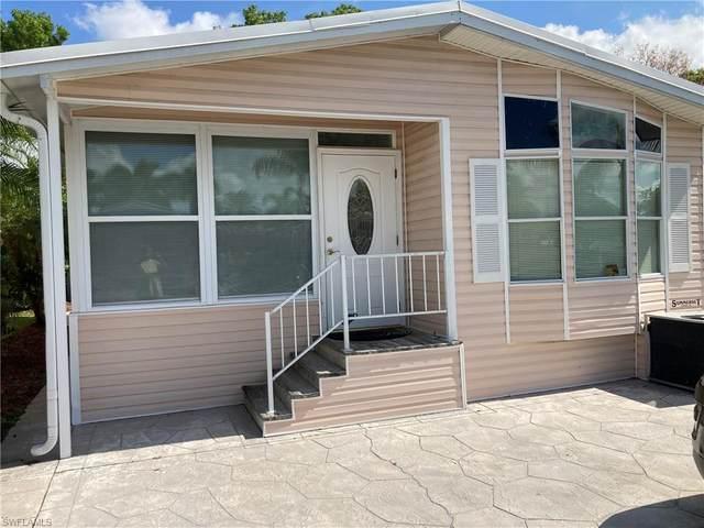 1021 Crystal Lake Dr, Naples, FL 34119 (MLS #221032561) :: Premier Home Experts