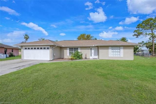 4591 26th Ave SW, Naples, FL 34116 (MLS #221032874) :: Clausen Properties, Inc.