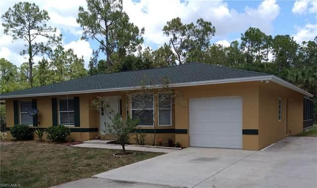 3965 10th Ave SE, Naples, FL 34117 (MLS #221033548) :: Premier Home Experts