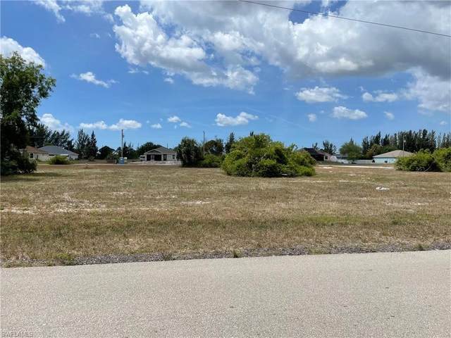 3920 NE 10th Pl, Cape Coral, FL 33909 (#221034049) :: REMAX Affinity Plus