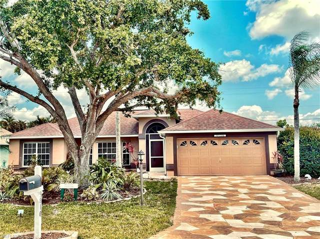 9810 Country Oaks Dr, Fort Myers, FL 33967 (#221034179) :: Southwest Florida R.E. Group Inc